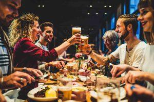bayerisches restaurant muenchen irmi essen mit freunden
